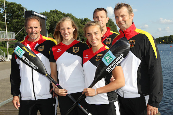 v. li.: Nachwuchs-Chef-Bundestrainer Detlaf Hofmann; Carola Schmidt, Katinka Hofmann; Physiotherapeut Dirk Bechthold, Trainer Ralf Straub